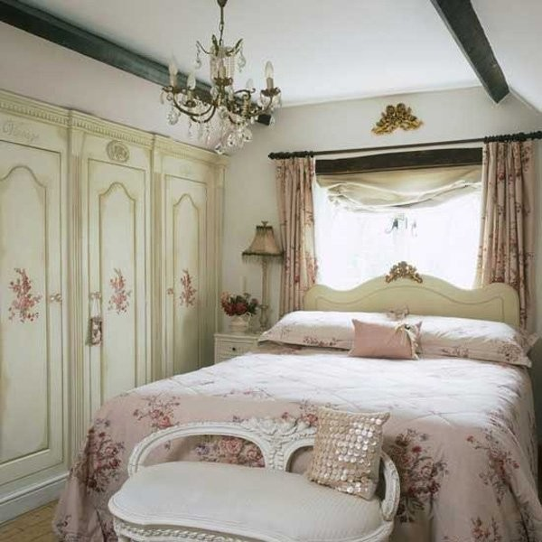 Romantic vintage bedroom ideas my daily magazine art for Retro style bedroom furniture