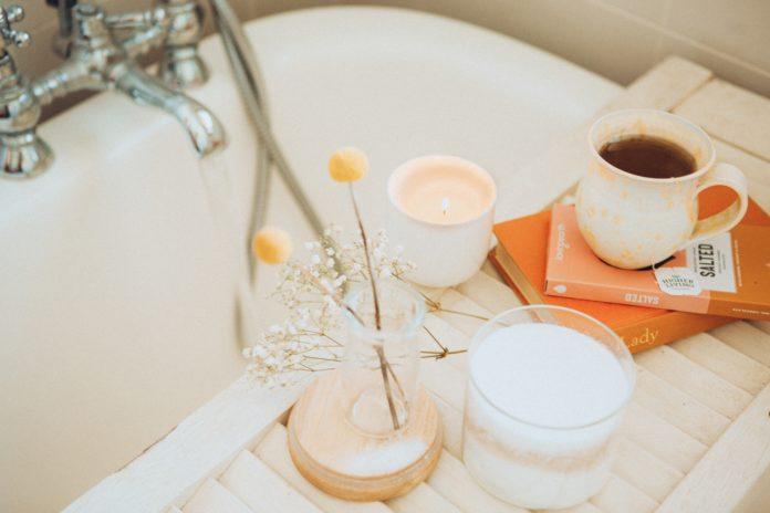 The Amazing Benefits of Milk & Honey Bath